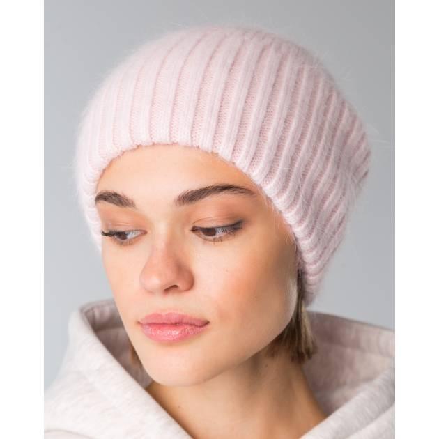 Шапка вязаная  нежно -розового цвета
