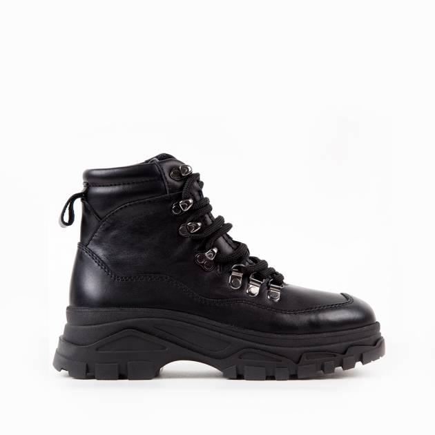 Ботинки из кожи чёрного цвета на комфортной подошве