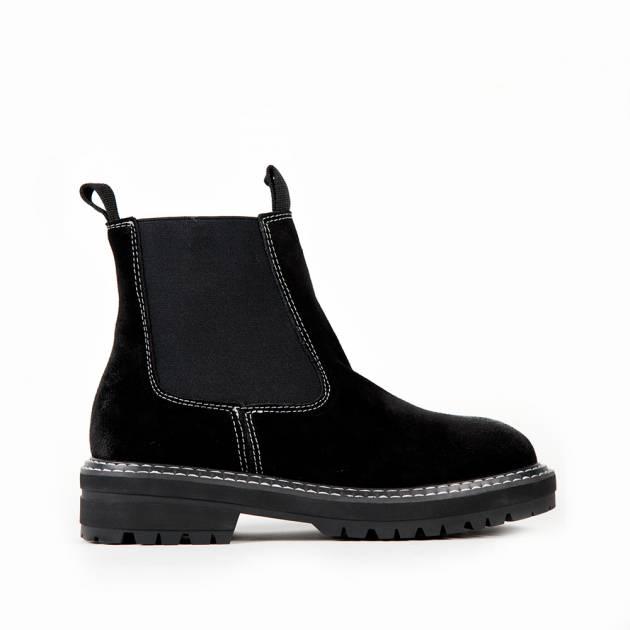 Ботинки Челси из натуральной замши черного цвета