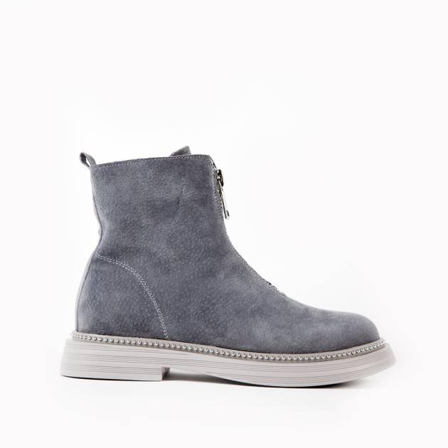 Ботинки из замши светло-серого цвета