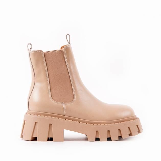 Ботинки из кожи  сливочного цвета на массивной подошве