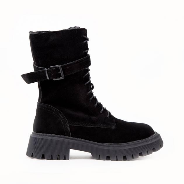 Высокие ботинки из замши чёрного цвета на шнуровке