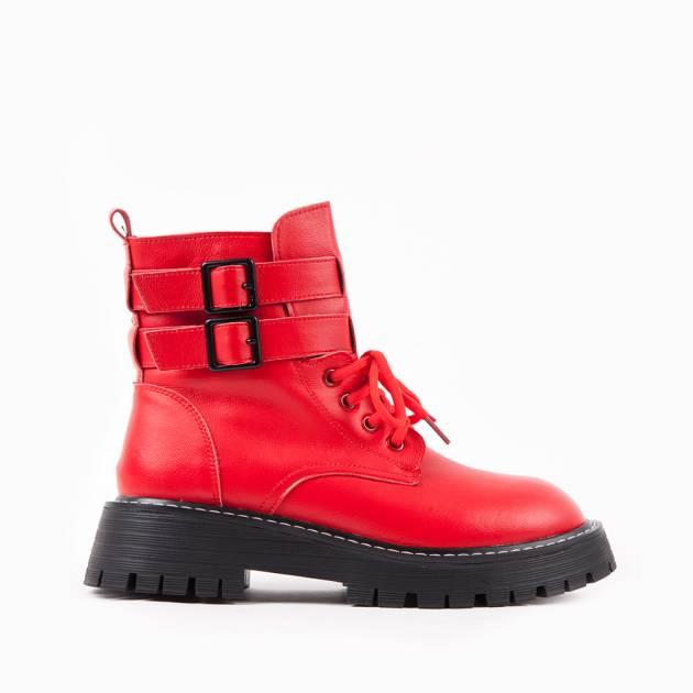 Ботинки из кожи красного цвета на шнуровке