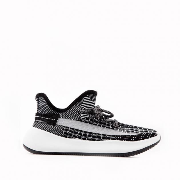 Мягкие кроссовки из текстиля чёрно-белого цвета