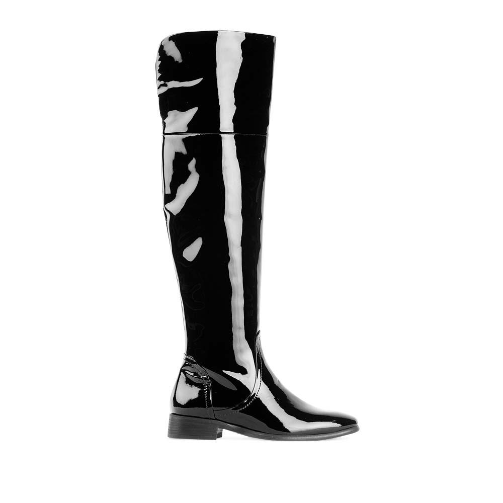 Ботфорты из лакированной кожи черного цветаСапоги женские<br><br>Материал верха: Лакированная кожа<br>Материал подкладки: Кожа<br>Материал подошвы: Кожа + Резина<br>Цвет: Черный<br>Высота каблука: 3 см<br>Дизайн: Италия<br>Страна производства: Китай<br><br>Высота каблука: 3 см<br>Материал верха: Лакированная кожа<br>Материал подкладки: Кожа<br>Цвет: Черный<br>Пол: Женский<br>Вес кг: 1.00000000<br>Размер обуви: 36.5