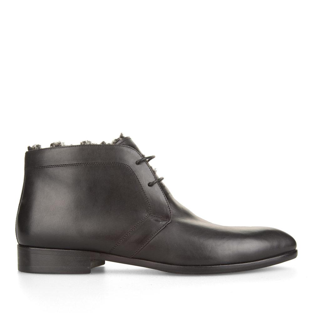 Ботинки-чукка из кожи темно-синего цвета с мехом