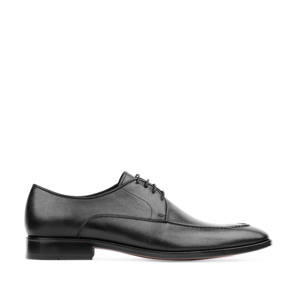 Ботинки из кожи черного цвета