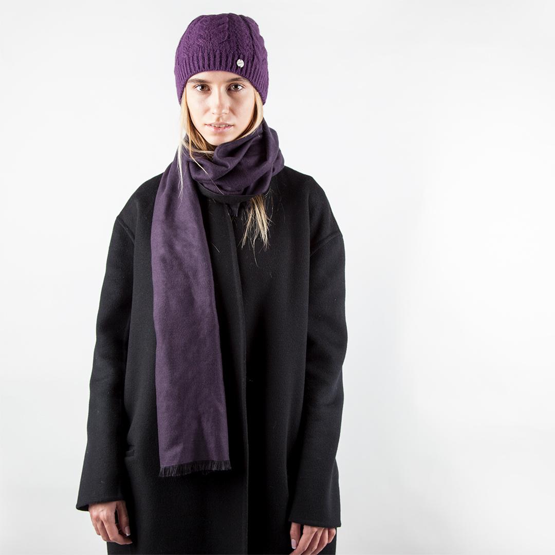 Двусторонний шарф черного и аметистового цветов
