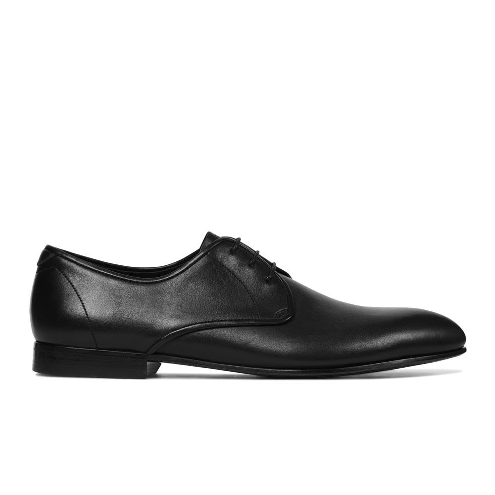 Кожаные ботинки на шнуровке черного цвета