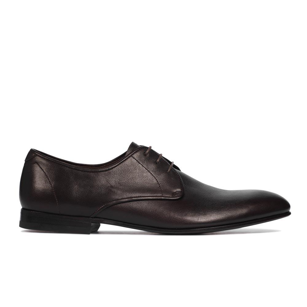 Ботинки из кожи коричневого цвета