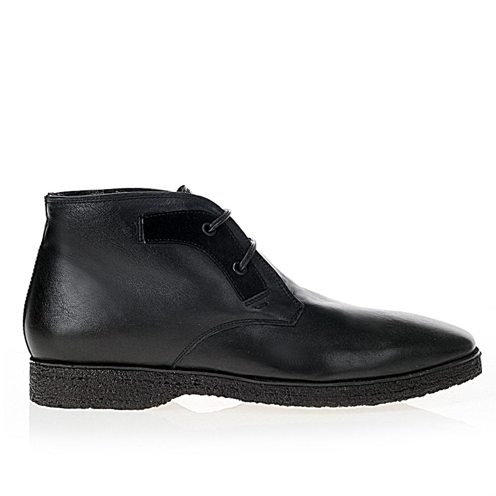 Ботинки-чукка из кожи черного цвета с мехом