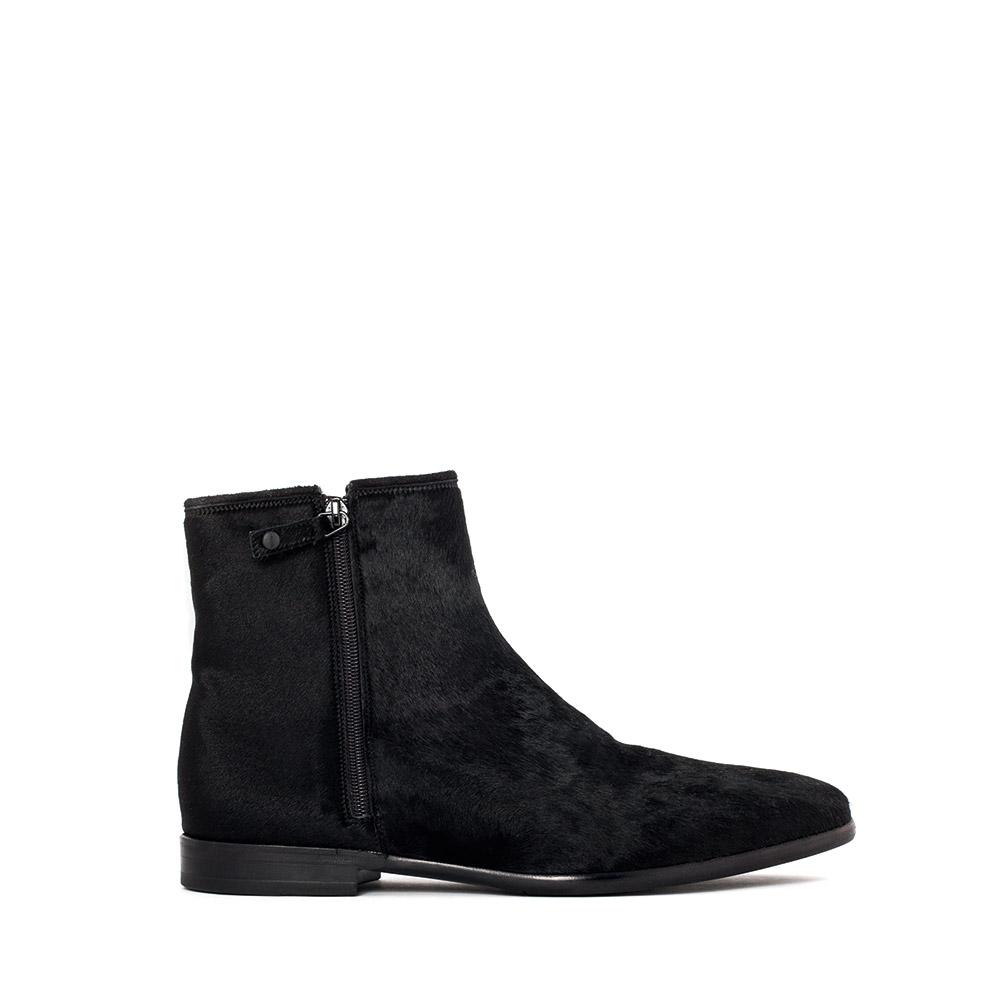 Ботинки из меха пони черного цвета на молниях