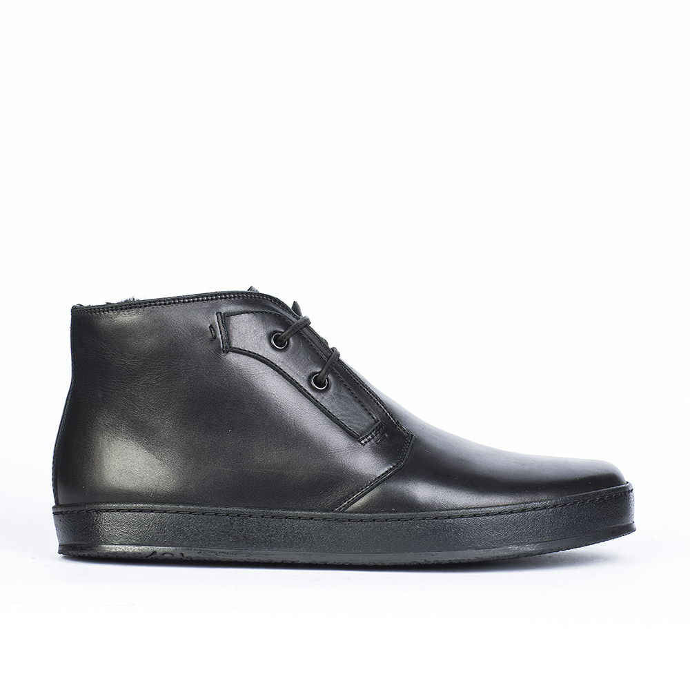 Ботинки-чукка с мехом из кожи черного цвета на плоской подошве