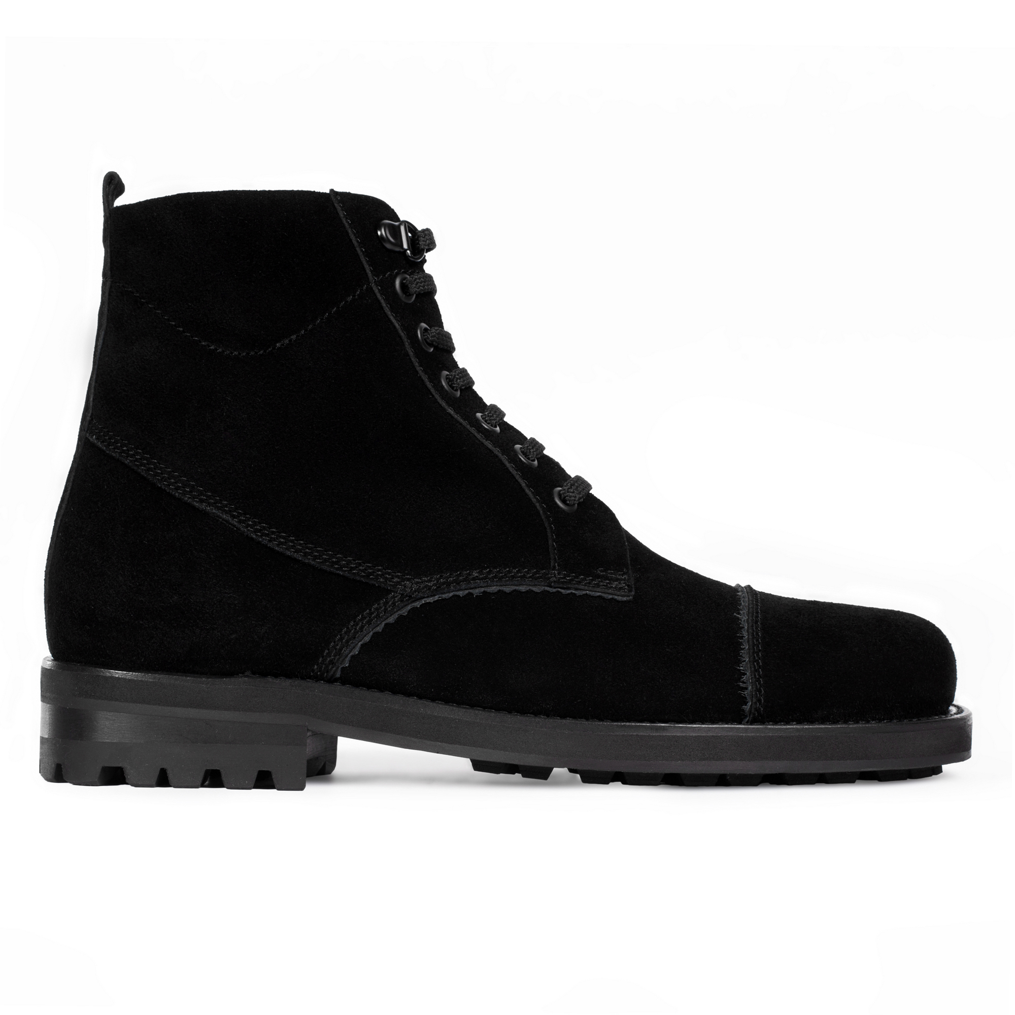 Высокие ботинки из замши черного цвета со шнуровкой на меху