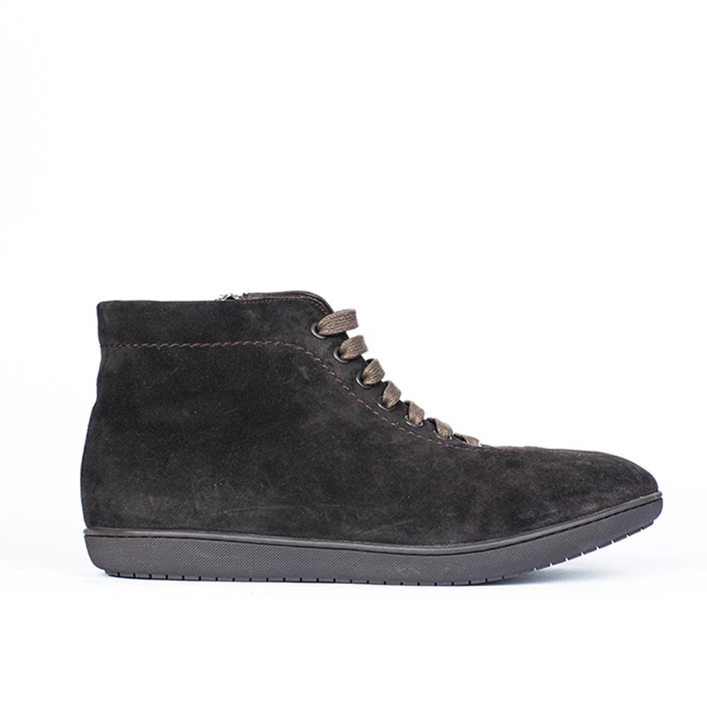 Ботинки замшевые с мехом кофейного цвета на шнуровке