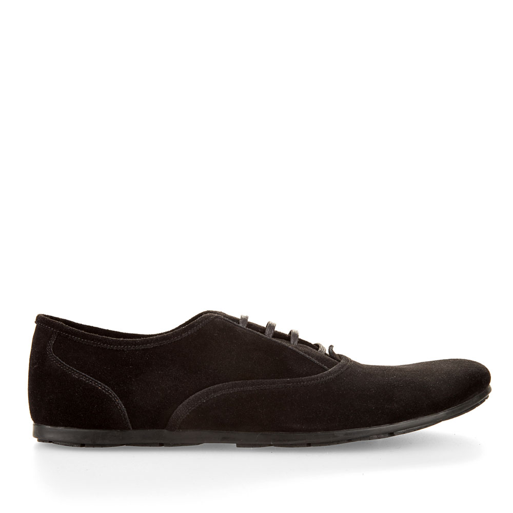 Полуботинки на шнуровке из замши черного цвета