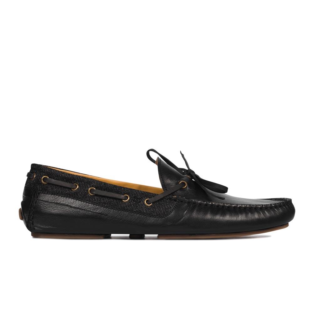 Мокасины из кожи черного цвета с декоративным шнурком