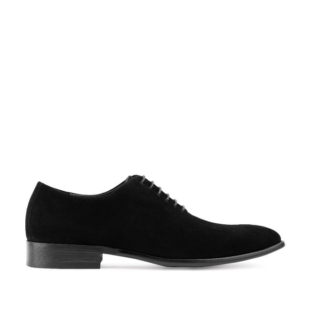 Ботинки из замши на шнуровке черного цвета