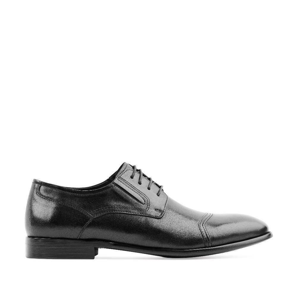 Ботинки из кожи на шнуровке черного цветаПолуботинки<br><br>Материал верха: Кожа<br>Материал подкладки: Кожа<br>Материал подошвы: Кожа<br>Цвет: Черный<br>Высота каблука: 1 см<br>Дизайн: Италия<br>Страна производства: Россия<br><br>Высота каблука: 1 см<br>Материал верха: Кожа<br>Материал подошвы: Кожа<br>Материал подкладки: Кожа<br>Цвет: Черный<br>Пол: Мужской<br>Размер: 39