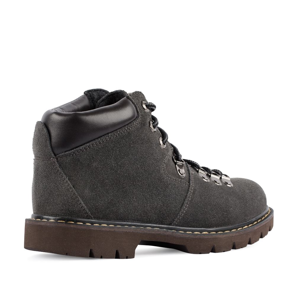 Женские ботинки CorsoComo (Корсо Комо) Ботинки из замши серого цвета на протекторной подошве