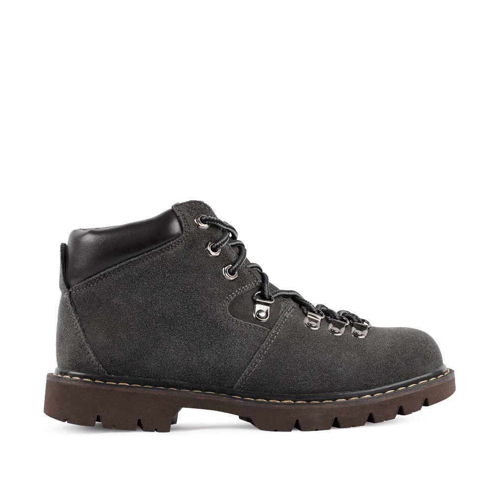 Ботинки из замши серого цвета на протекторной подошве