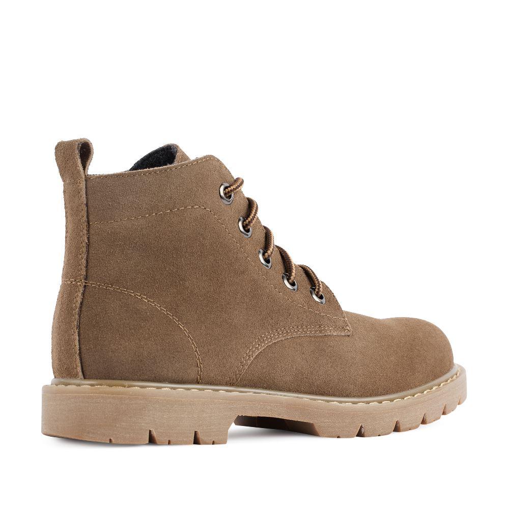 Женские ботинки CorsoComo (Корсо Комо) Ботинки из замши коричневого цвета на протекторной подошве