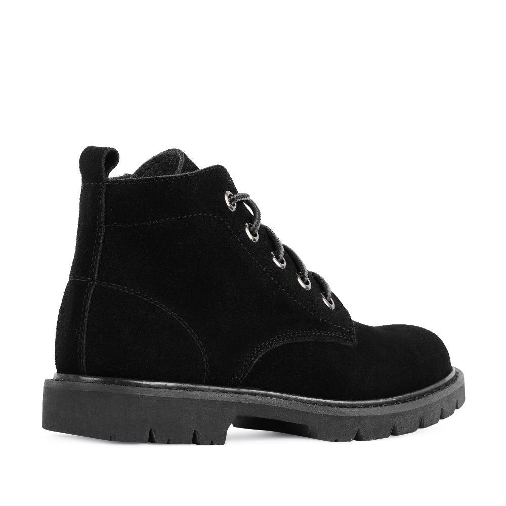 Женские ботинки CorsoComo (Корсо Комо) Ботинки из замши черного цвета на протекторной подошве