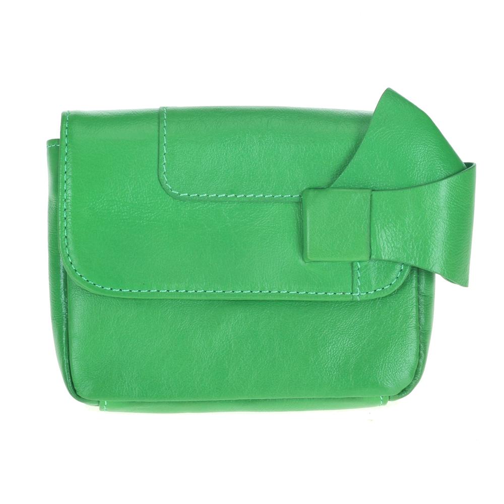 Клатч мятного цвета из кожи с графичной детальюСумка <br><br><br>Материал верха: Кожа<br><br>Материал подкладки: Кожа<br><br>Цвет: Зеленый<br><br>Дизайн: Италия<br><br>Страна производства: Китай<br><br>Материал верха: Кожа<br>Материал подкладки: Кожа<br>Цвет: Зеленый<br>Пол: Женский<br>Вес кг: 0.15000000<br>Размер: Без размера