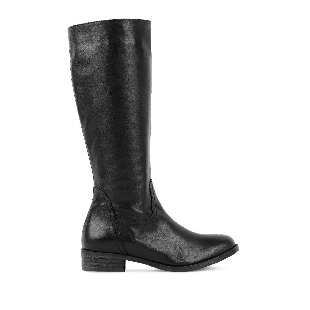 Сапоги кожаные чёрного цвета на среднем каблукеСапоги<br><br>Материал верха: Кожа<br>Материал подкладки: Текстиль<br>Материал подошвы: Полиуретан<br>Цвет: Черный<br>Высота каблука: 3 см<br>Дизайн: Италия<br>Страна производства: Португалия<br><br>Высота каблука: 3 см<br>Материал верха: Кожа<br>Материал подошвы: Полиуретан<br>Материал подкладки: Текстиль<br>Цвет: Черный<br>Пол: Женский<br>Вес кг: 1800.00000000<br>Размер: 40