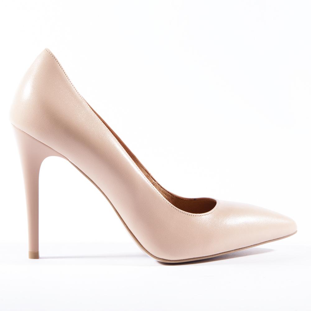 Туфли-лодочки кремового цвета из кожи