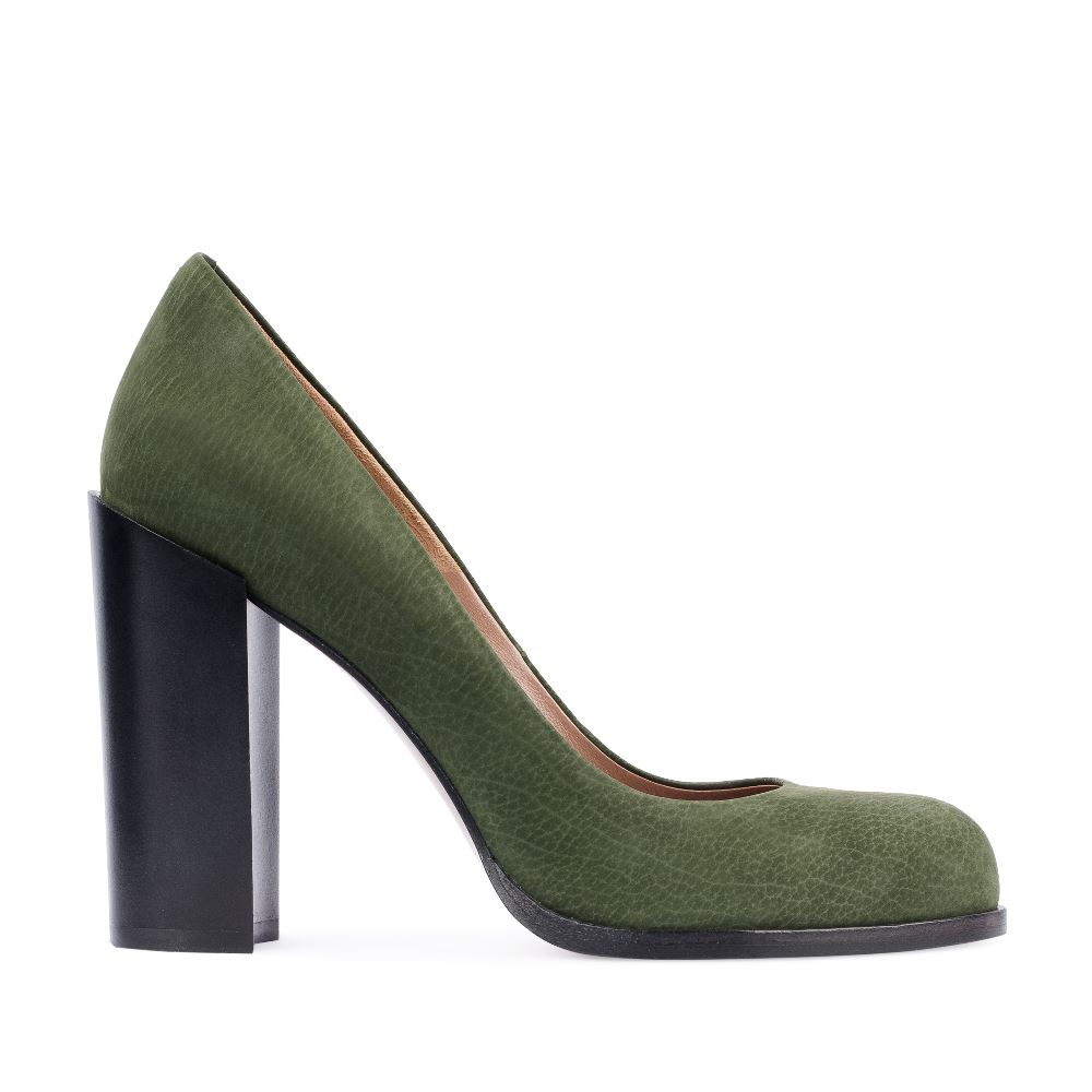 Туфли из нубука на устойчивом каблуке зеленого цвета