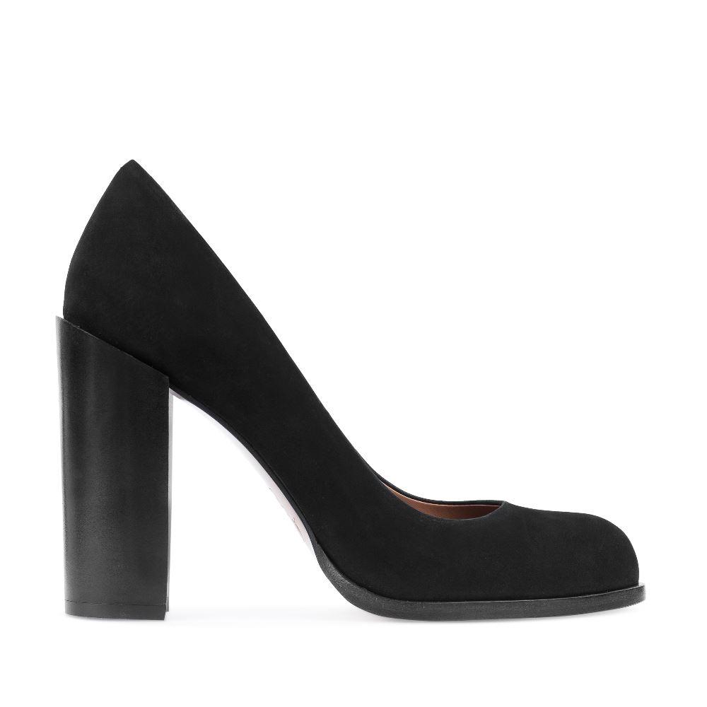 Туфли из нубука на устойчивом каблуке черного цвета