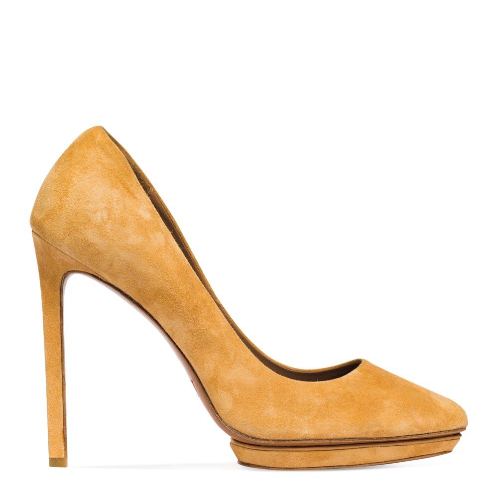 Замшевые туфли цвета охры на высоком каблукеТуфли женские<br><br>Материал верха: Замша<br>Материал подкладки: Кожа<br>Материал подошвы: Кожа<br>Цвет: Бежевый<br>Высота каблука: 12 см<br>Дизайн: Италия<br>Страна производства: Китай<br><br>Высота каблука: 12 см<br>Материал верха: Замша<br>Материал подкладки: Кожа<br>Цвет: Бежевый<br>Пол: Женский<br>Вес кг: 1.00000000<br>Размер обуви: 40**