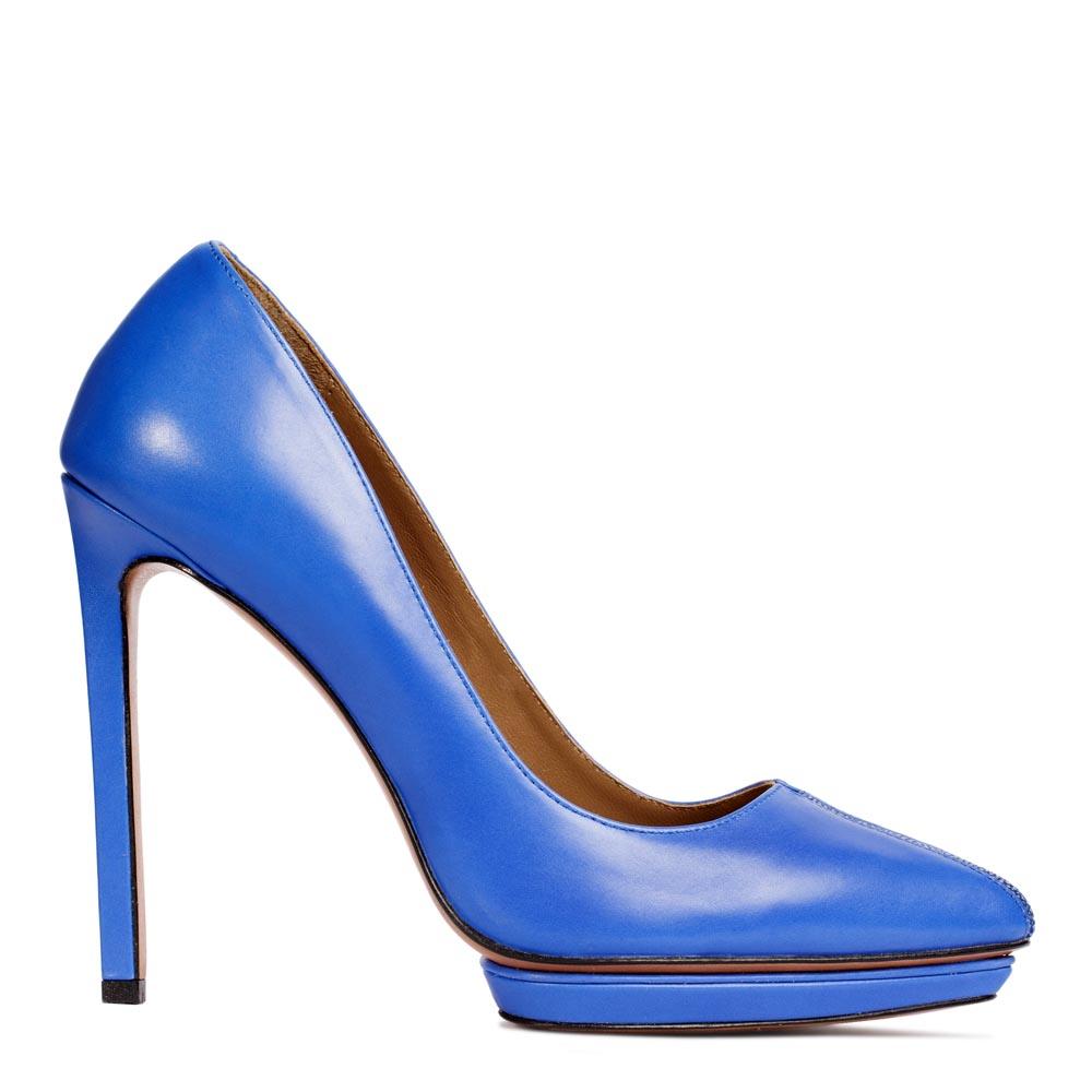 Туфли из кожи цвета электрик на высоком каблуке