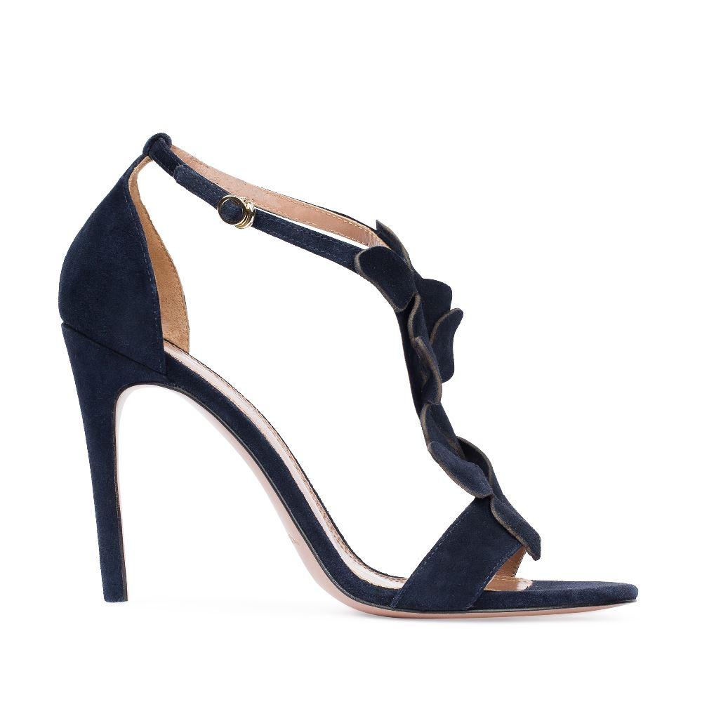 Босоножки из замши темно-синего цвета с аппликациейТуфли женские<br><br>Материал верха: Замша<br>Материал подкладки: Кожа<br>Материал подошвы:Кожа<br>Цвет: Синий<br>Высота каблука: 10 см<br>Дизайн: Италия<br>Страна производства: Китай<br><br>Высота каблука: 10 см<br>Материал верха: Замша<br>Материал подошвы: Кожа<br>Материал подкладки: Кожа<br>Цвет: Синий<br>Вес кг: 1.00000000<br>Выберите размер обуви: 36**