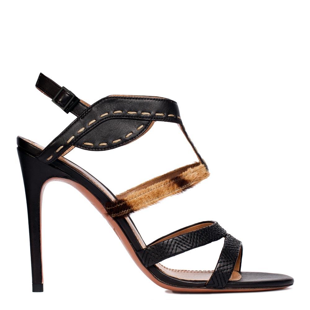 Кожаные босоножки черного цвета с вставкой из меха пониТуфли женские<br><br>Материал верха: Кожа<br>Материал подкладки: Кожа<br>Материал подошвы: Кожа<br>Цвет: Черный<br>Высота каблука: 11 см<br>Дизайн: Италия<br>Страна производства: Китай<br><br>Обратите внимание: модель, представленная в последнем<br>размере, может иметь незначительные изъяны (неглубокие царапины,<br>потертости, легкое выцветание, повреждения упаковки).<br><br>Высота каблука: 11 см<br>Материал верха: Кожа<br>Материал подкладки: Кожа<br>Цвет: Черный<br>Пол: Женский<br>Вес кг: 1.00000000<br>Размер обуви: 39