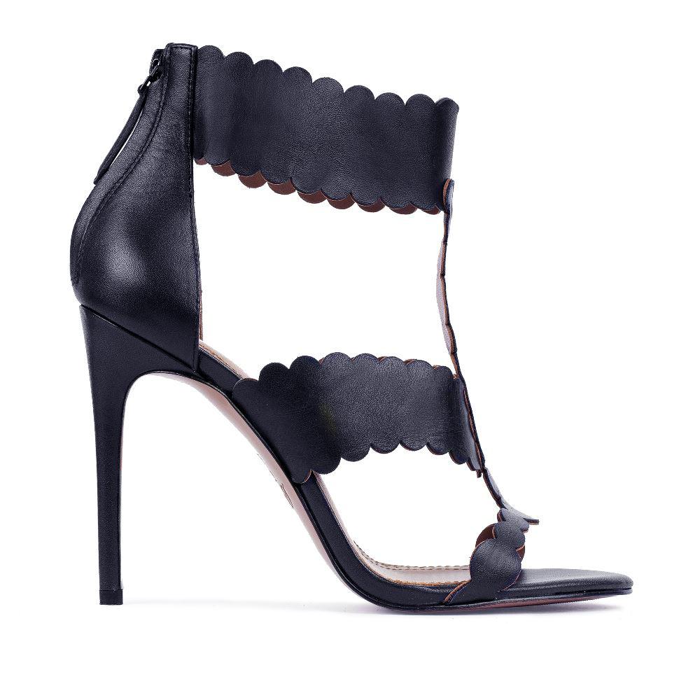 Кожаные босоножки темно-синего цвета на молнииТуфли женские<br><br>Материал верха: Кожа<br>Материал подкладки: Кожа<br>Материал подошвы:Кожа<br>Цвет: Синий<br>Высота каблука: 10 см<br>Дизайн: Италия<br>Страна производства: Китай<br><br>Высота каблука: 10 см<br>Материал верха: Кожа<br>Материал подкладки: Кожа<br>Цвет: Синий<br>Вес кг: 1.00000000<br>Выберите размер обуви: 39