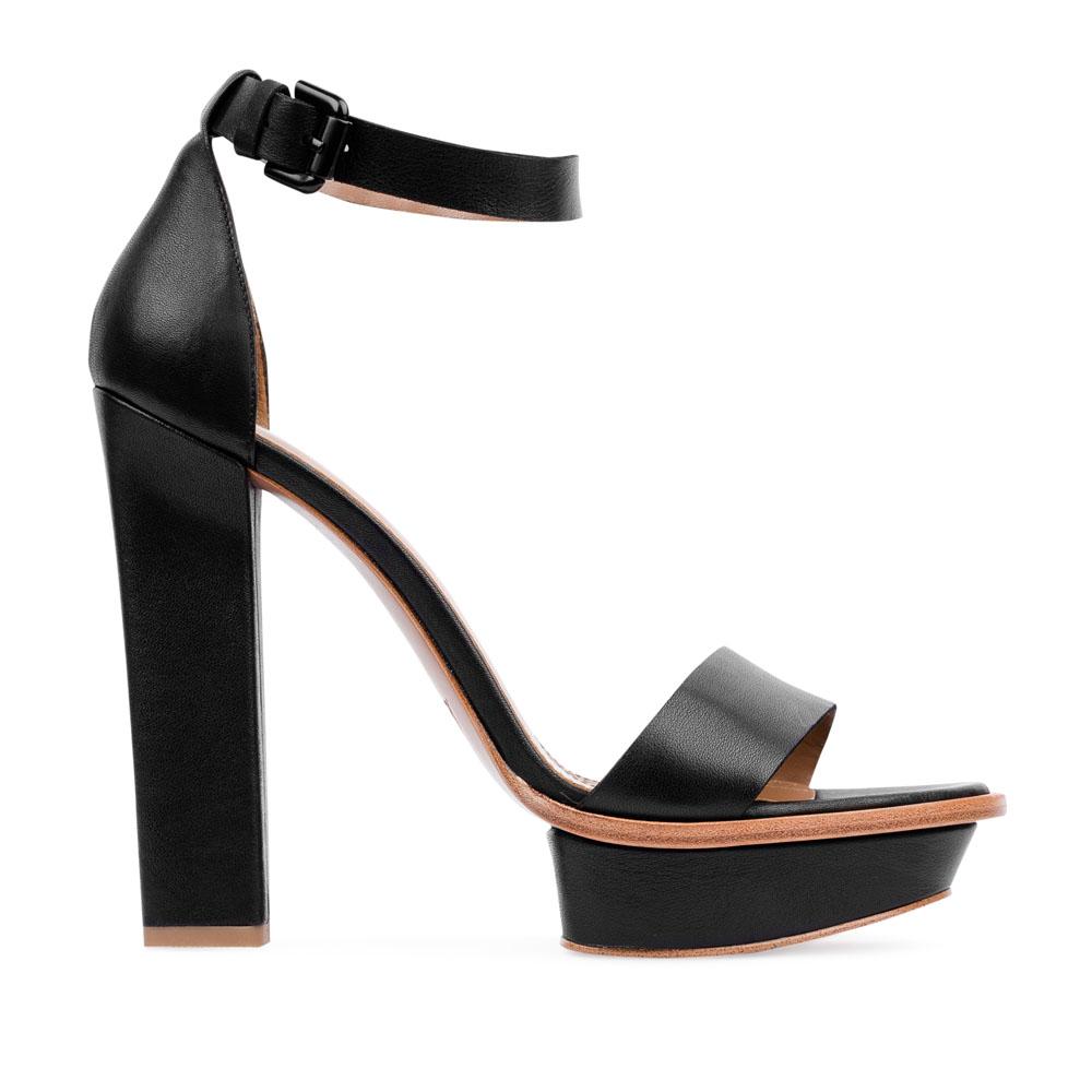 Кожаные босоножки черного цвета на высоком устойчивом каблуке