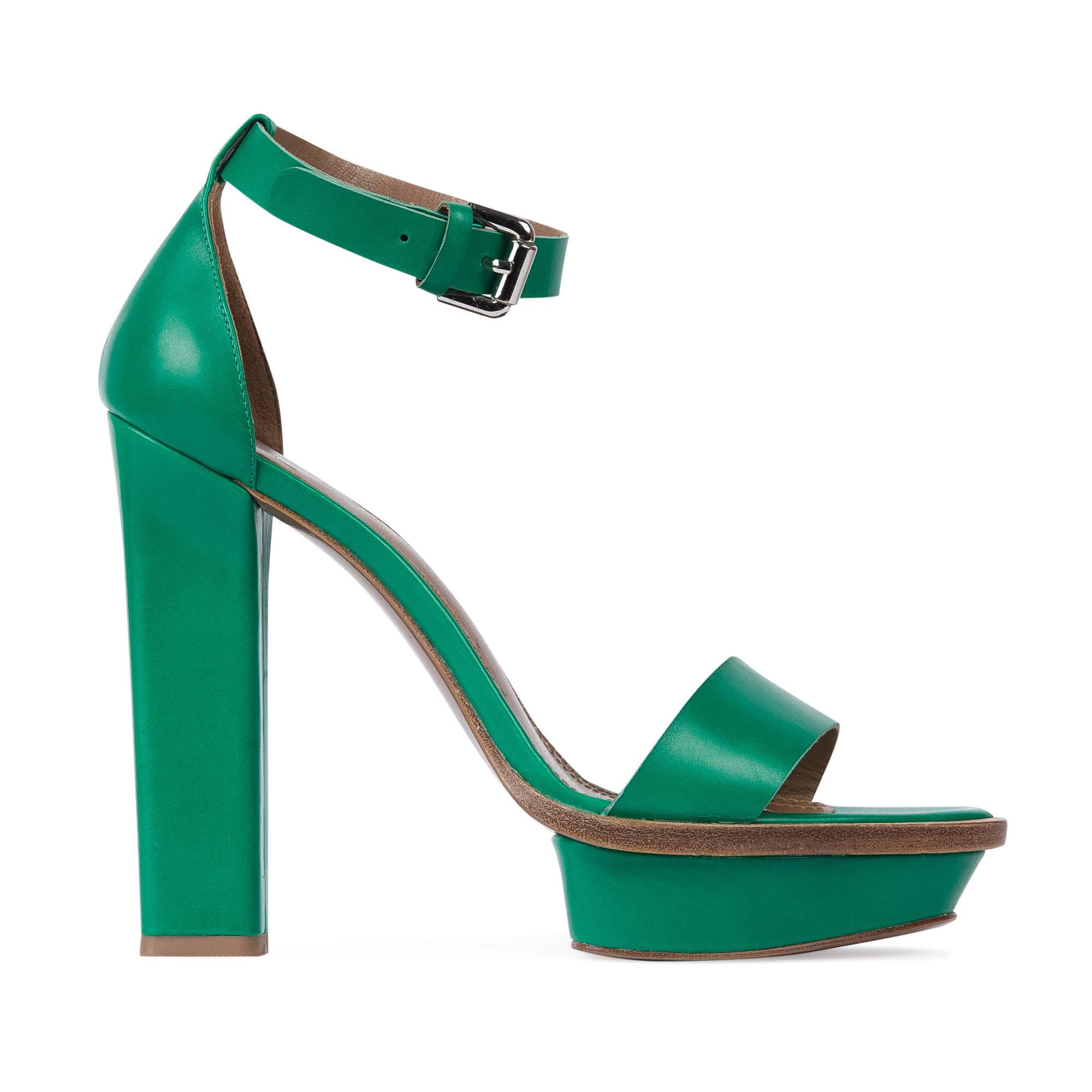 Босоножки из кожи изумрудного цвета на устойчивом каблуке