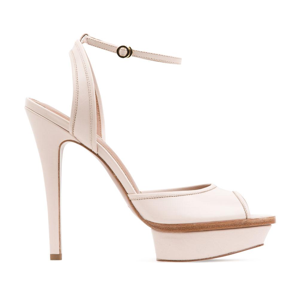 Босоножки из кожи дымчато-розового цвета на высоком каблукеТуфли женские<br><br>Материал верха: Кожа<br>Материал подкладки: Кожа<br>Материал подошвы: Кожа<br>Цвет: Розовый<br>Высота каблука: 13 см<br>Дизайн: Италия<br>Страна производства: Китай<br><br>Высота каблука: 13 см<br>Материал верха: Кожа<br>Материал подкладки: Кожа<br>Цвет: Розовый<br>Вес кг: 0.52600000<br>Размер: Без размера