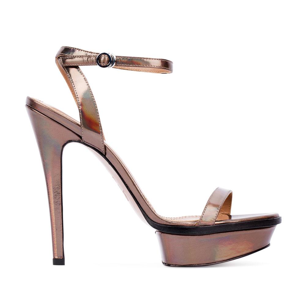 Босоножки из метализированной кожи на высоком каблукеТуфли женские<br><br>Материал верха: Кожа<br>Материал подкладки: Кожа<br>Материал подошвы: Кожа<br>Цвет: Коричневый<br>Высота каблука: 13 см<br>Дизайн: Италия<br>Страна производства: Китай<br><br>Высота каблука: 13 см<br>Материал верха: Кожа<br>Материал подкладки: Кожа<br>Цвет: Коричневый<br>Вес кг: 0.49400000<br>Размер: 38