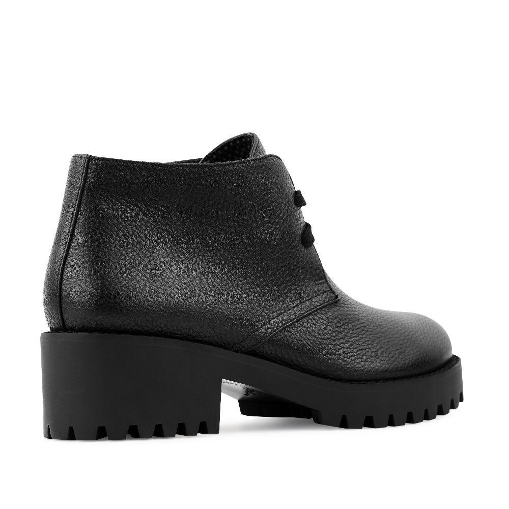 Женские ботинки CorsoComo (Корсо Комо) Кожаные ботинки на протекторной подошве черного цвета