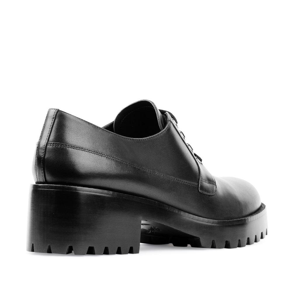 Женские ботинки CorsoComo (Корсо Комо) Дерби черного цвета из кожи на тракторной подошве