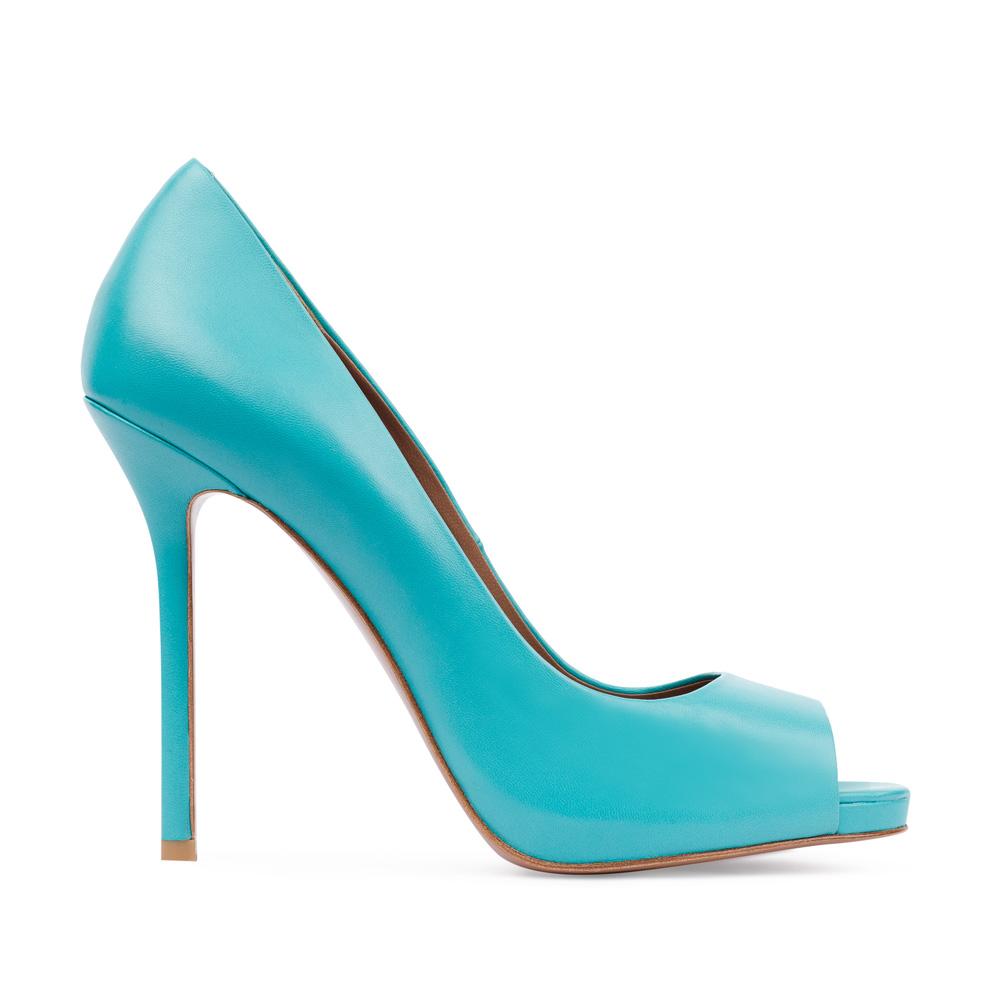 Туфли из кожи голубого цвета с открытым мыском