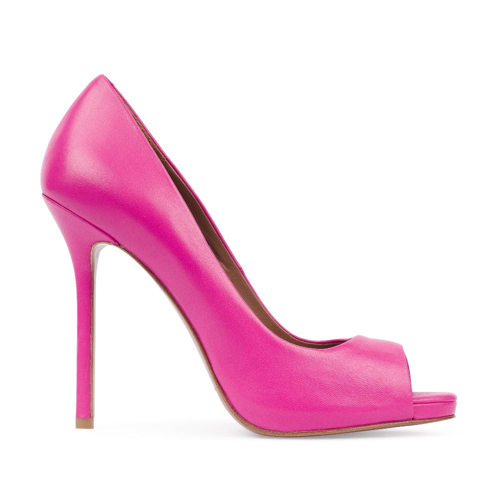 Туфли из кожи розового цвета с открытым мыскомТуфли женские<br><br>Материал верха: Кожа<br>Материал подкладки: Кожа<br>Материал подошвы:Кожа<br>Цвет: Розовый<br>Высота каблука: 12 см<br>Дизайн: Италия<br>Страна производства: Китай<br><br>Высота каблука: 12 см<br>Материал верха: Кожа<br>Материал подошвы: Кожа<br>Материал подкладки: Кожа<br>Цвет: Розовый<br>Вес кг: 1.00000000<br>Размер: 38.5