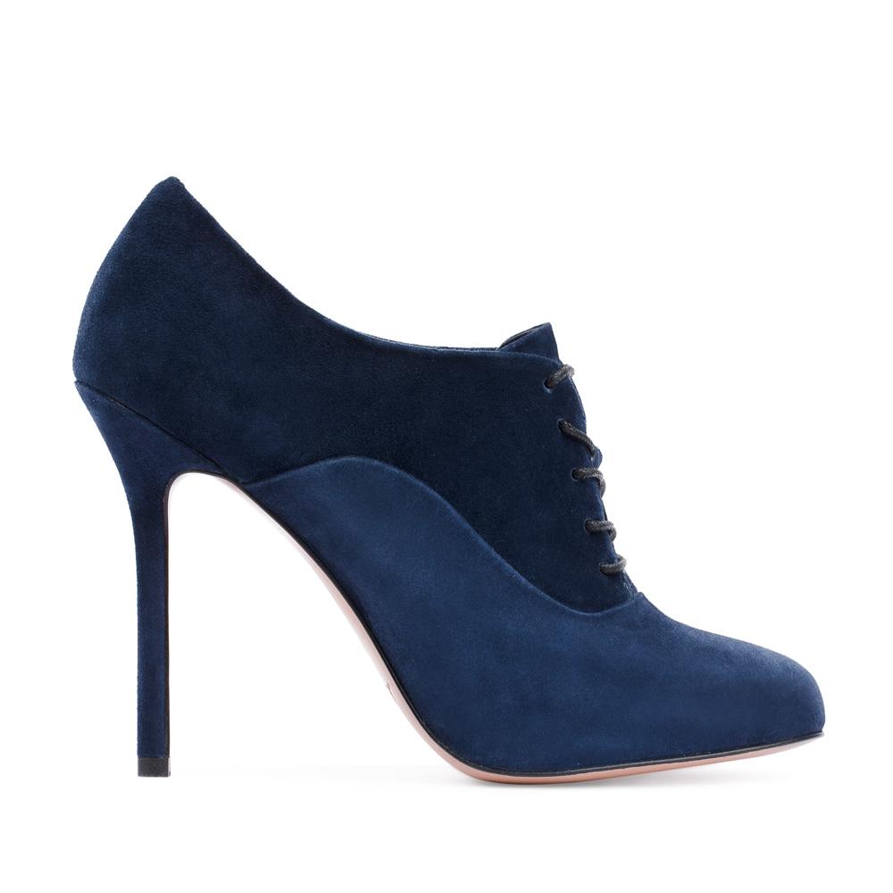 Ботильоны из замши сапфирового цвета на шнуровкеБотинки женские<br><br>Материал верха: Замша<br>Материал подкладки: Кожа<br>Материал подошвы: Кожа<br>Цвет: Синий<br>Высота каблука: 10 см<br>Дизайн: Италия<br>Страна производства: Китай<br><br>Высота каблука: 10 см<br>Материал верха: Замша<br>Материал подкладки: Кожа<br>Цвет: Синий<br>Вес кг: 0.48000000<br>Выберите размер обуви: 38.5**