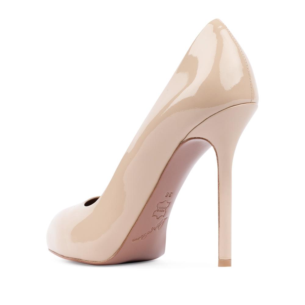 Туфли на каблуке CorsoComo (Корсо Комо) Туфли из лакированной кожи бежевого цвета