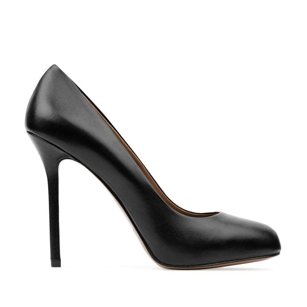 Кожаные туфли-лодочки черного цвета на высоком каблуке