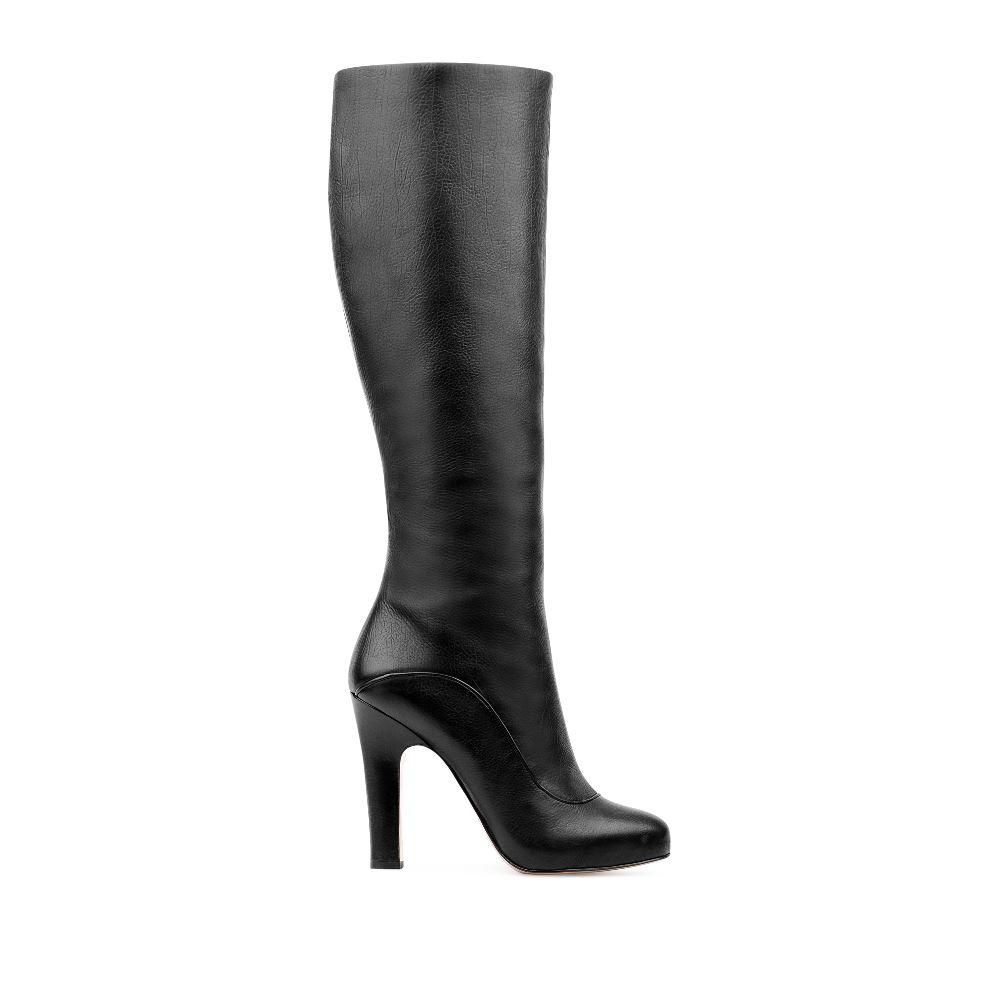 Сапоги из кожи на устойчивом каблуке черного цветаСапоги женские<br><br>Материал верха: Кожа<br>Материал подкладки: Мех<br>Материал подошвы: Кожа<br>Цвет: Черный<br>Высота каблука: 10 см<br>Дизайн: Италия<br>Страна производства: Китай<br><br>Высота каблука: 10 см<br>Материал верха: Кожа<br>Материал подкладки: Мех<br>Цвет: Черный<br>Вес кг: 1.00000000<br>Размер: 40