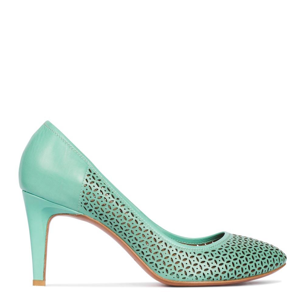 Туфли из перфорированной кожи мятного цвета на среднем каблукеТуфли женские<br><br>Материал верха: Кожа<br>Материал подкладки: Кожа<br>Материал подошвы: Кожа<br>Цвет: Зеленый<br>Высота каблука: 8 см<br>Дизайн: Италия<br>Страна производства: Китай<br><br>Высота каблука: 8 см<br>Материал верха: Кожа<br>Материал подкладки: Кожа<br>Цвет: Зеленый<br>Пол: Женский<br>Вес кг: 1.00000000<br>Размер: 37